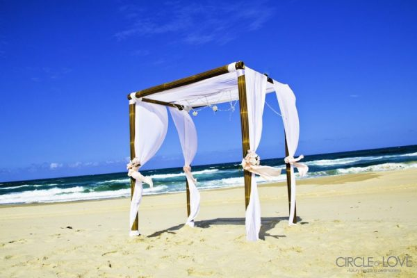 Main Beach wedding, Ceremony