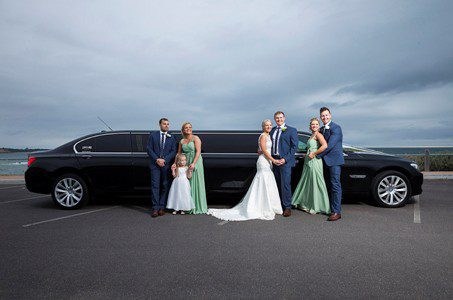 http://lovelimo.com.au/bmw-limo-hire-services/wedding-car-hire/