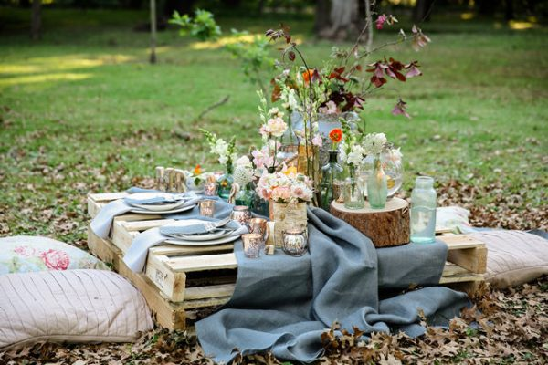Great Rustic Picnic Wedding