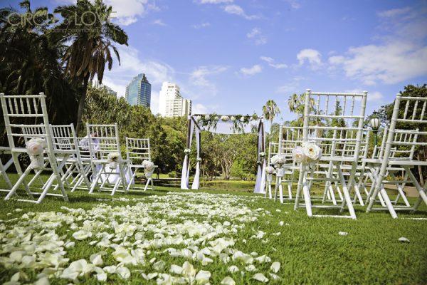 Circle of Love Brisbane City Botanic Gardens Weddings